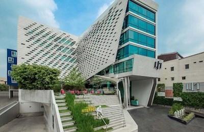 Lit Bangkok & Residence