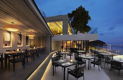 Amari Phuket - Beachfront Resort & Spa