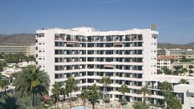 Corona Blanca Apartments