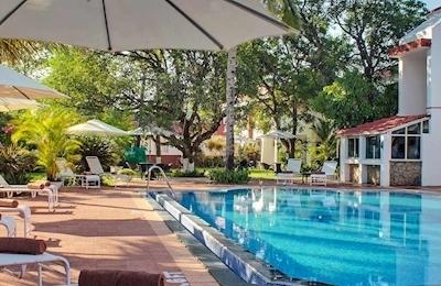 Longuinhos Beach Resort