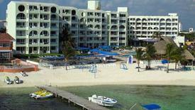 Aquamarina Beach