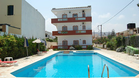 Haris Apartments (Hersonissos)