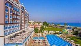 Azur Resort SPA