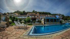 Agoulos Inn