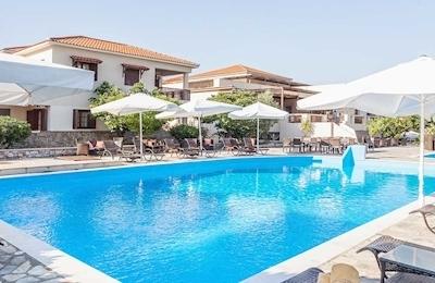 Skopelos Holidays & Spa