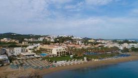 Giannoulis Santa Marina Plaza