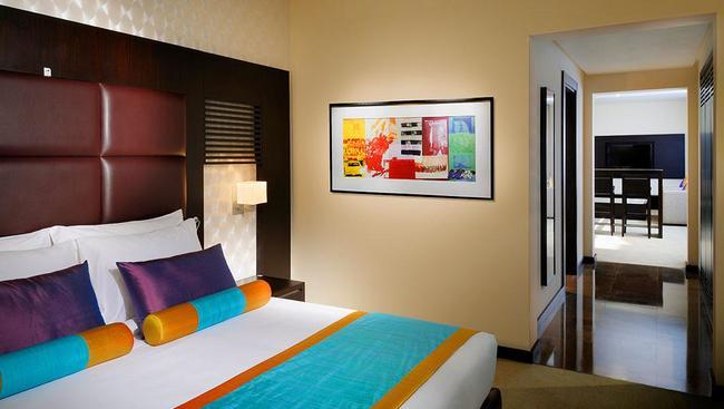 Hotel hues boutique deira emiraty arabskie dubaj for Hues boutique hotel deira