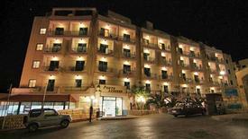 Porto Azzurro Aparthotel (St. Paul's Bay)