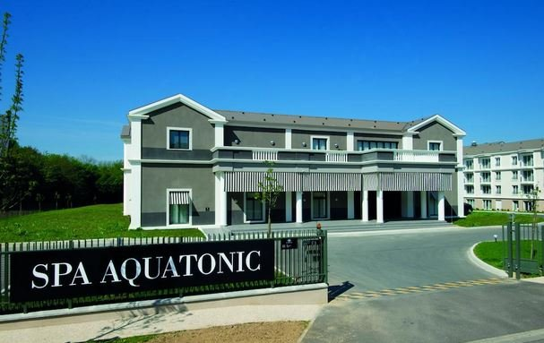 Hotel appart 39 city confort marne la vallee val d 39 europe for Appart city europe