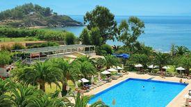 Club Maxima Bay