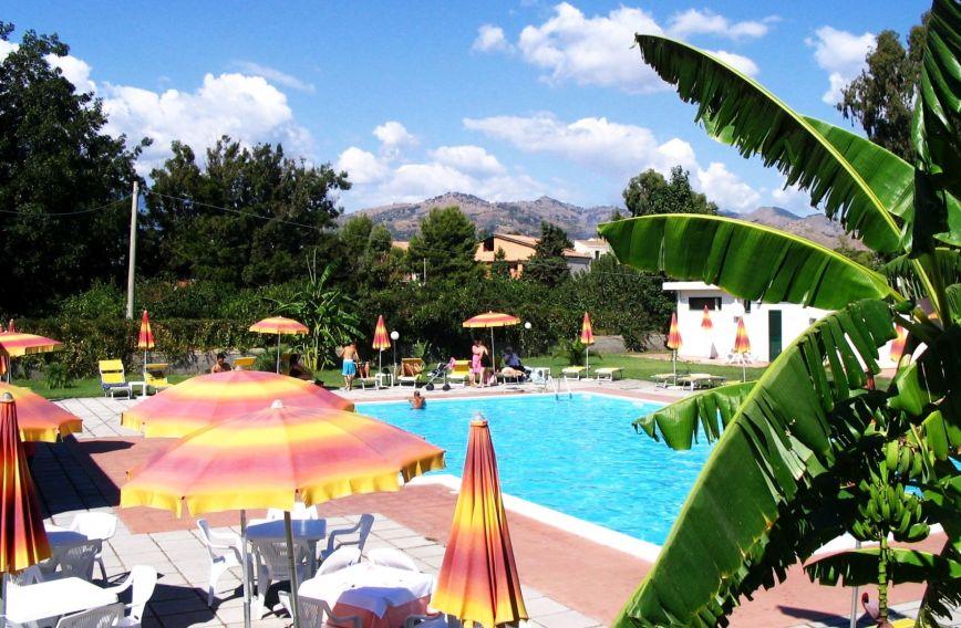 Hotel villaggio artemide sycylia w ochy - Hotel giardini naxos 3 stelle ...