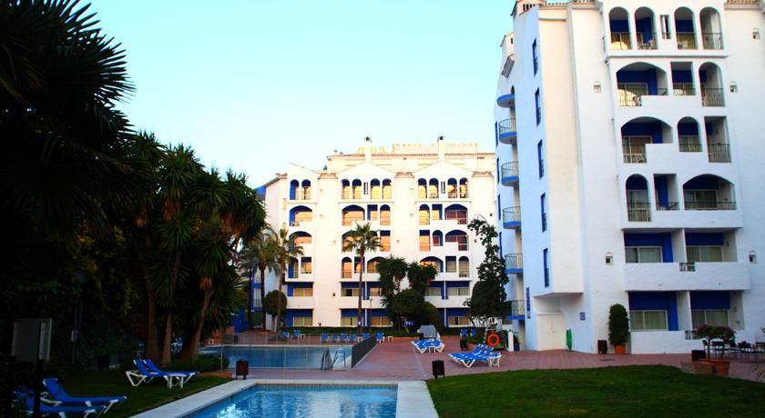 Hotel pyr marbella costa del sol hiszpania - Hotel pyr puerto banus ...