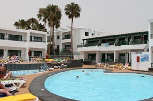 Hotel elena apartamentos lanzarote hiszpania - Apartamentos baratos en lanzarote puerto del carmen ...