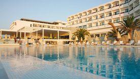 I Resort Beach