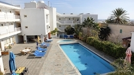 Antonis G Apartments