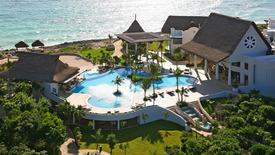 Adonis Tulum Gay Men Resort & Spa