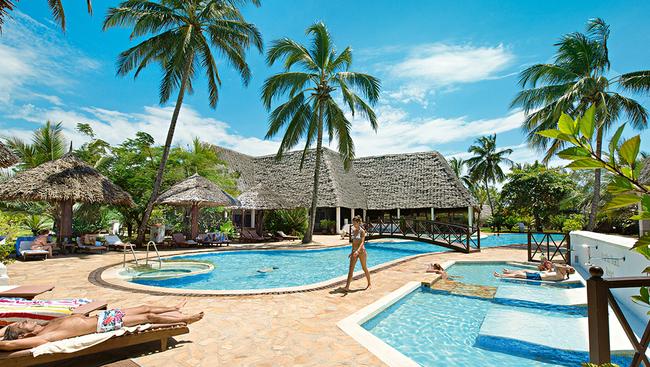 Hotel uroa bay beach resort tanzania zanzibar oferty for Plante zanzibar