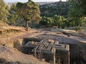 Koscioly wykute w skale Lalibela.jpg
