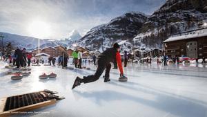 (5)-źródło-Zermatt-Tourism-autor-Pascal-Gertschen.jpg