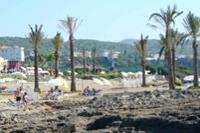 Hotel Incekum Beach Resort - od strony plazy,na pierwszym planie klify