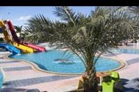 Hotel Sindbad Club Aquapark Resort - basen przy hotelowej plazy
