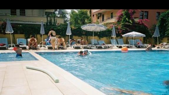 Hotel  kleopatra Golden Sun basen