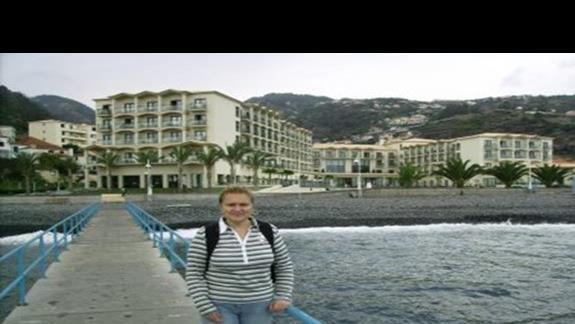 widok na hotel od strony oceanu