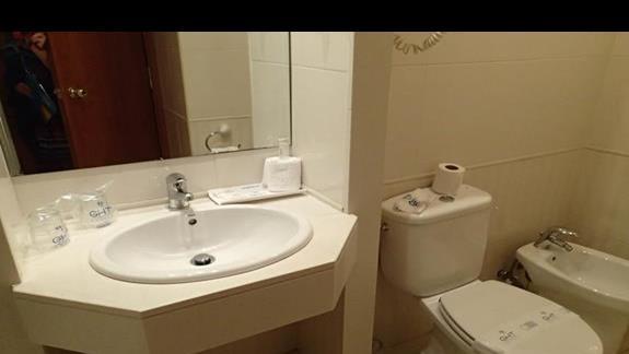 GHT Oasis Tossa - łazienka