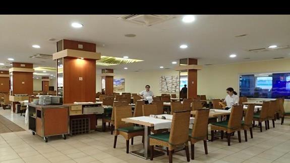 GHT Oasis Tossa - restauracja