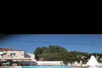 Hotel Blue Sea - basen z brodzikiem