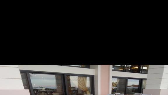 lobby zewnętrzne