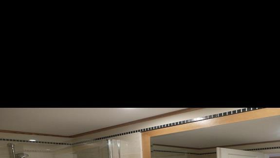 łazienka w pokoju standardowym w hotelu Mitsis Rodos Maris