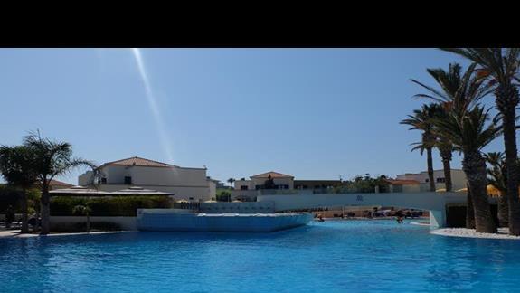 basen w hotelu Mitsis Rodos Maris
