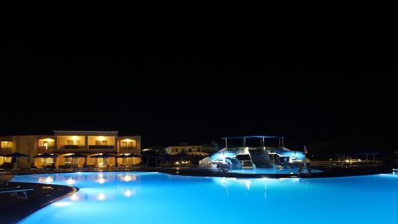 baseny w hotelu Lindos Princess