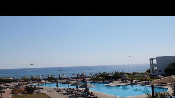 basen w hotelu Lutania Beach