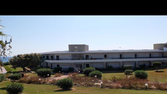 ogród w hotelu Lutania Beach