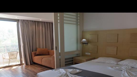 pokój rodzinny w hotelu Lutania Beach