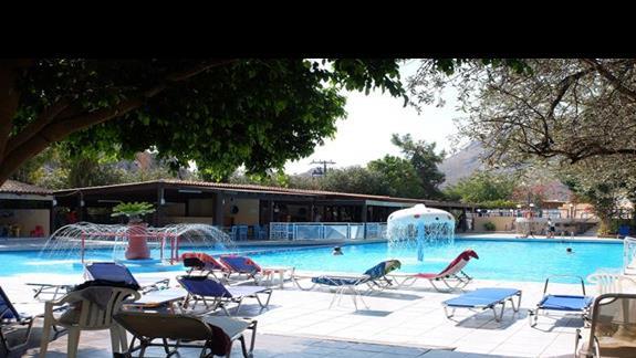 basen w hotelu Golden Odyssey