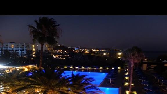basen w  hotelu Mitsis Faliraki