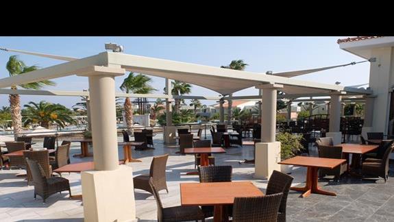 restauracja w hotelu Kipriotis Village