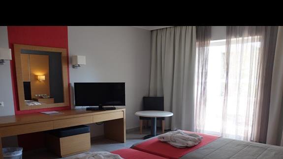 pokój standardowy w hotelu Kipriotis Village