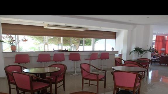 bar w hotelu Palm Beach
