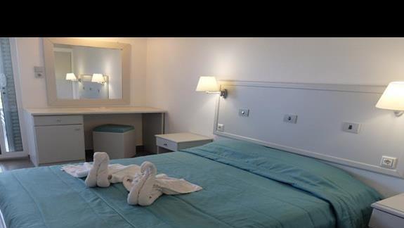 pokój standardowy w hotelu Palm Beach