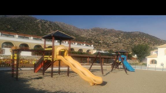 plac zabaw w hotelu Mitsis Blue Domes