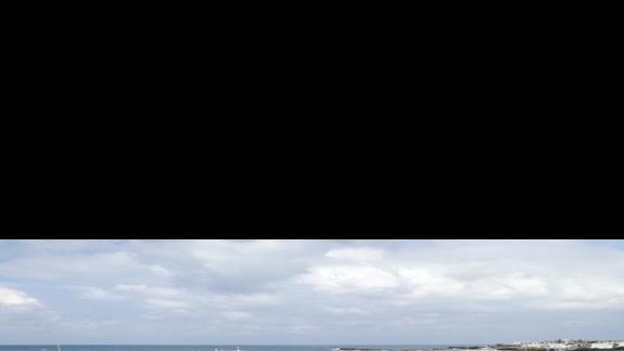 baseny Astir Beach