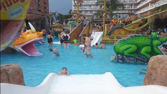 Mini aquapark dla najmłodszych wyglądał jak okręt piracki