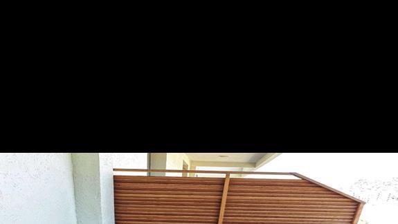 Balkon w pokoju 2-os hotelu Regina City