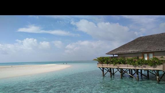 widok na domek na plaży