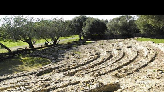 Alcudia - To najwazniejsze na Majorce stanowisko archeologiczne z czasów starozytnych.