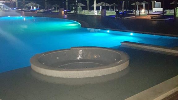 Jeden z wielu basenów